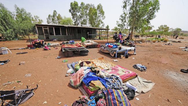Aboriginal_housing3.jpg